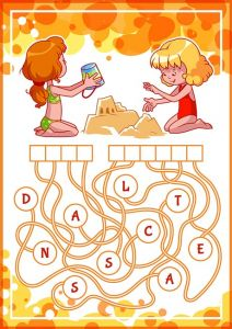 Educational puzzle game with kids and sand castle.