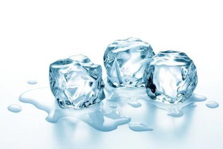 Ice cubes high resolution photos