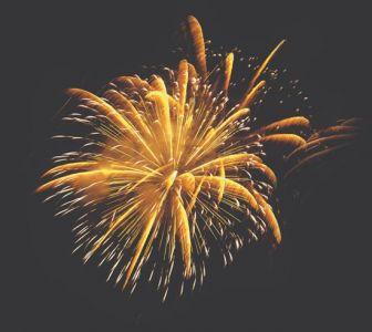 Sparkling fireworks for Illustrator and Photoshop