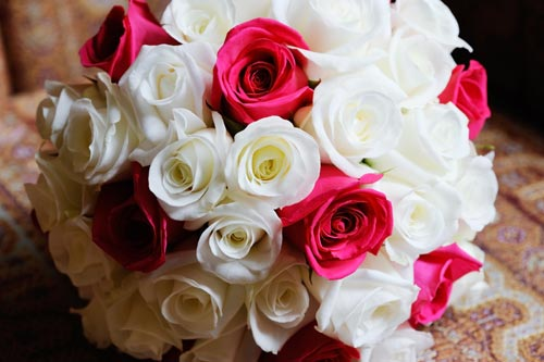 White And Red Roses Bouquet Bouquet Of Red And Whi...